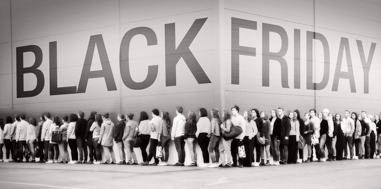Black-Friday-Line 2